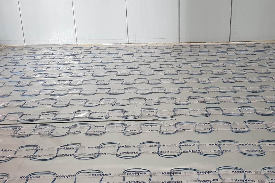 FLOOR INSULATION AND HEATING SYSTEMS
